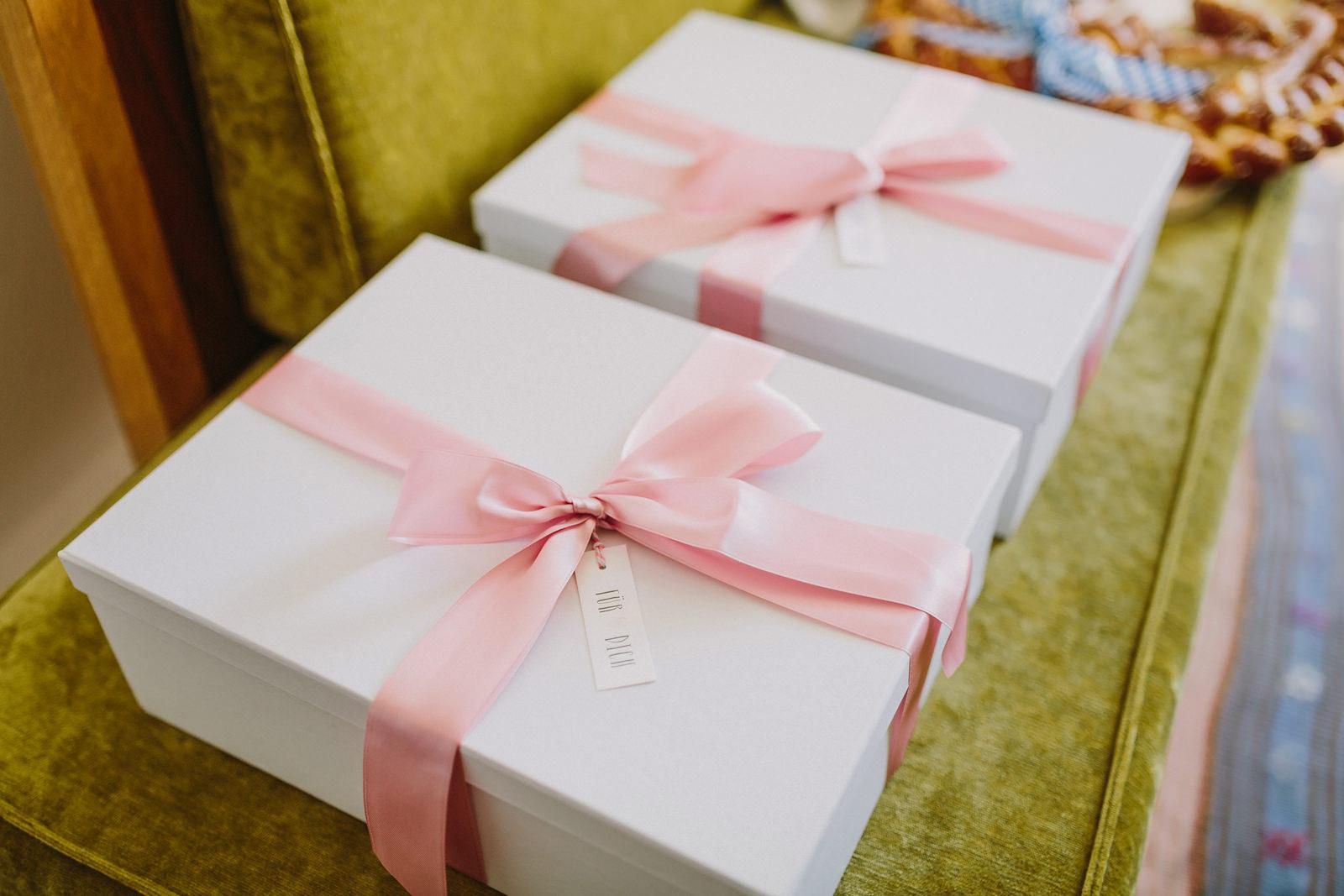 wedding gift bridesmaids