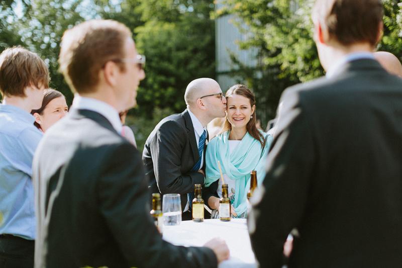 kiss wedding guests