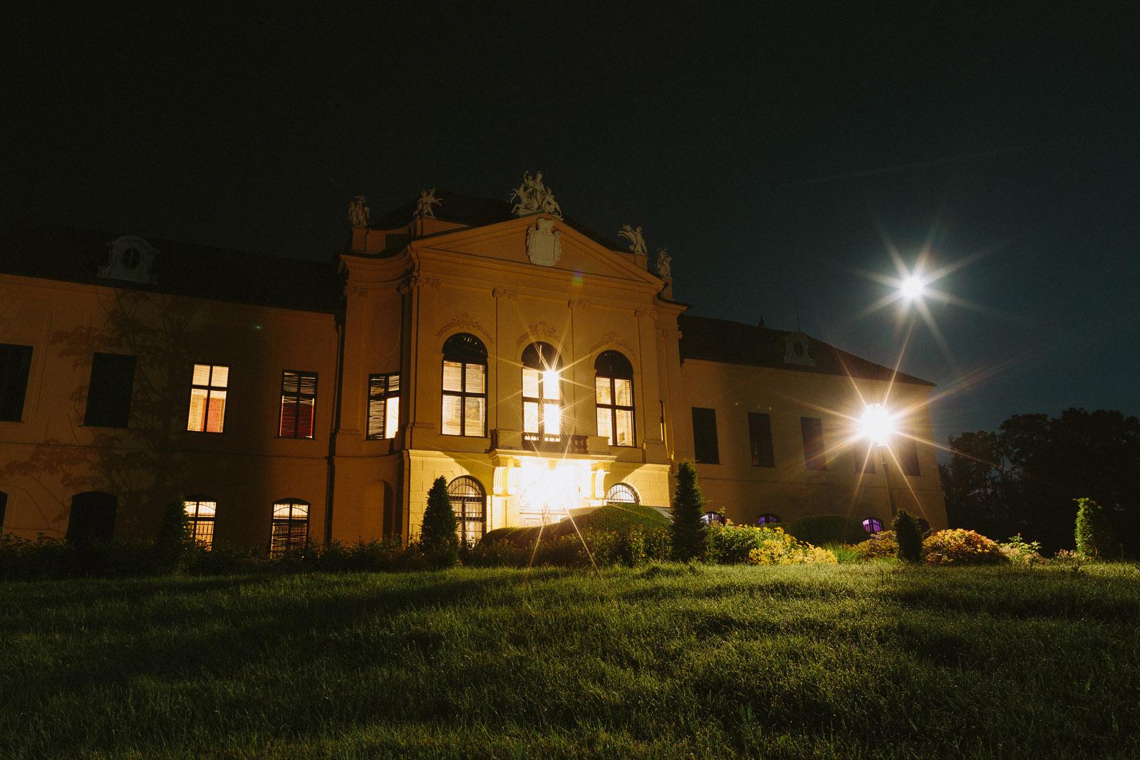 schloss eckartsau romantic castle austria