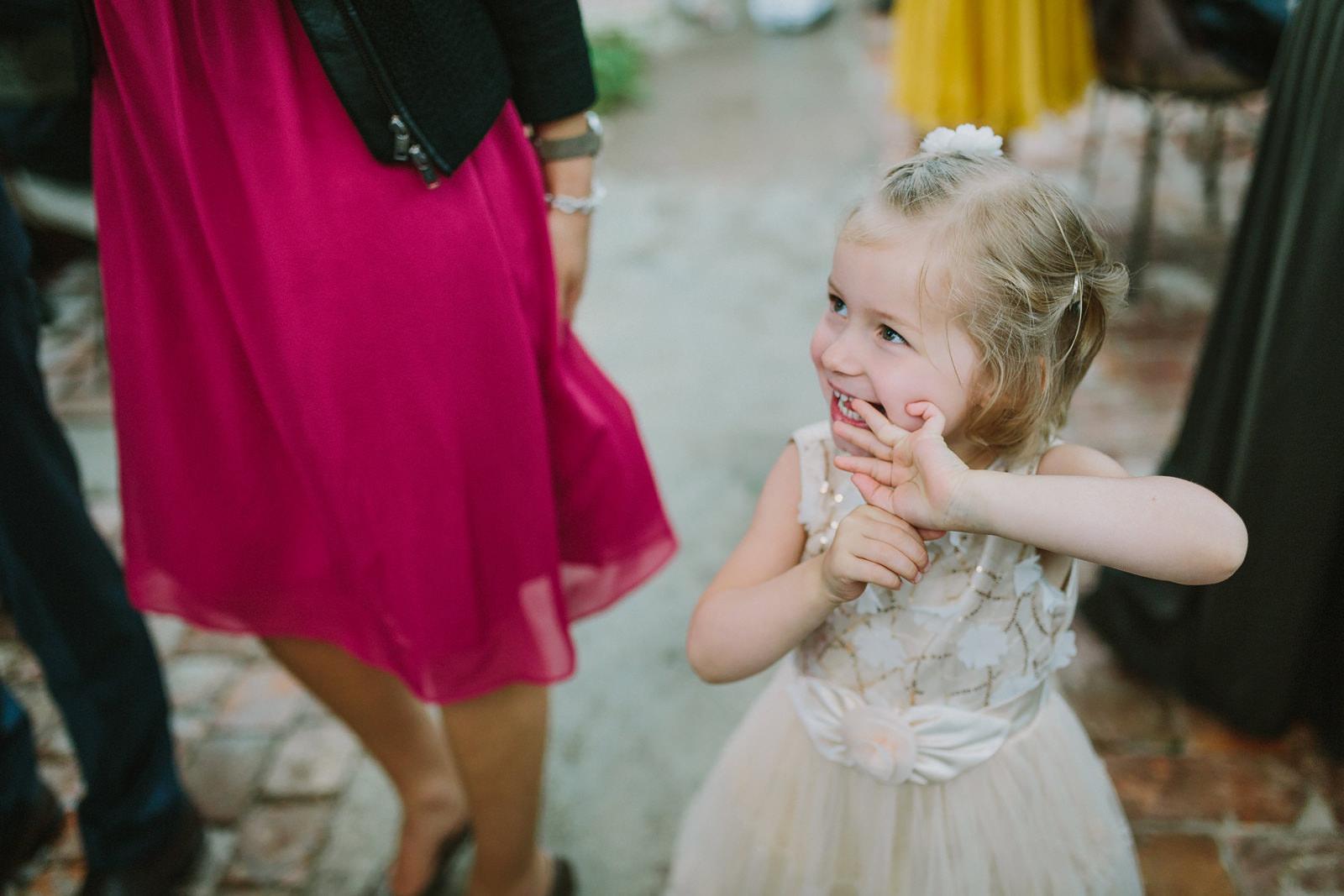 flower girl wedding munich