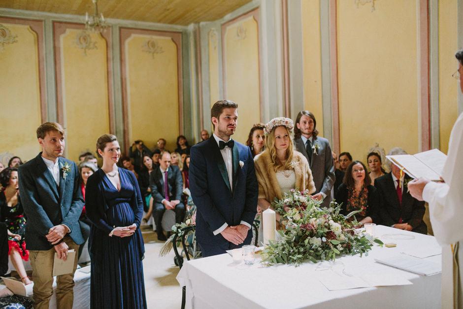 chapel schloss nikitsch wedding
