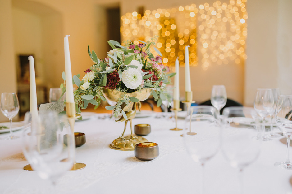 wedding schloss nikitsch by lovely weddings and photo by thomas
